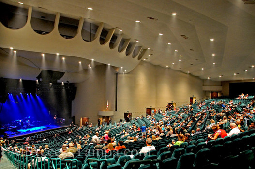 Ruth Eckerd Hall is a 73,square-foot (6, m 2) performing arts venue, located in Clearwater, Florida, in the Tampa Bay area and is part of the Richard B. Baumgardner Center for the Performing bloggerforlife.mlect: Taliesin Associated Architects.